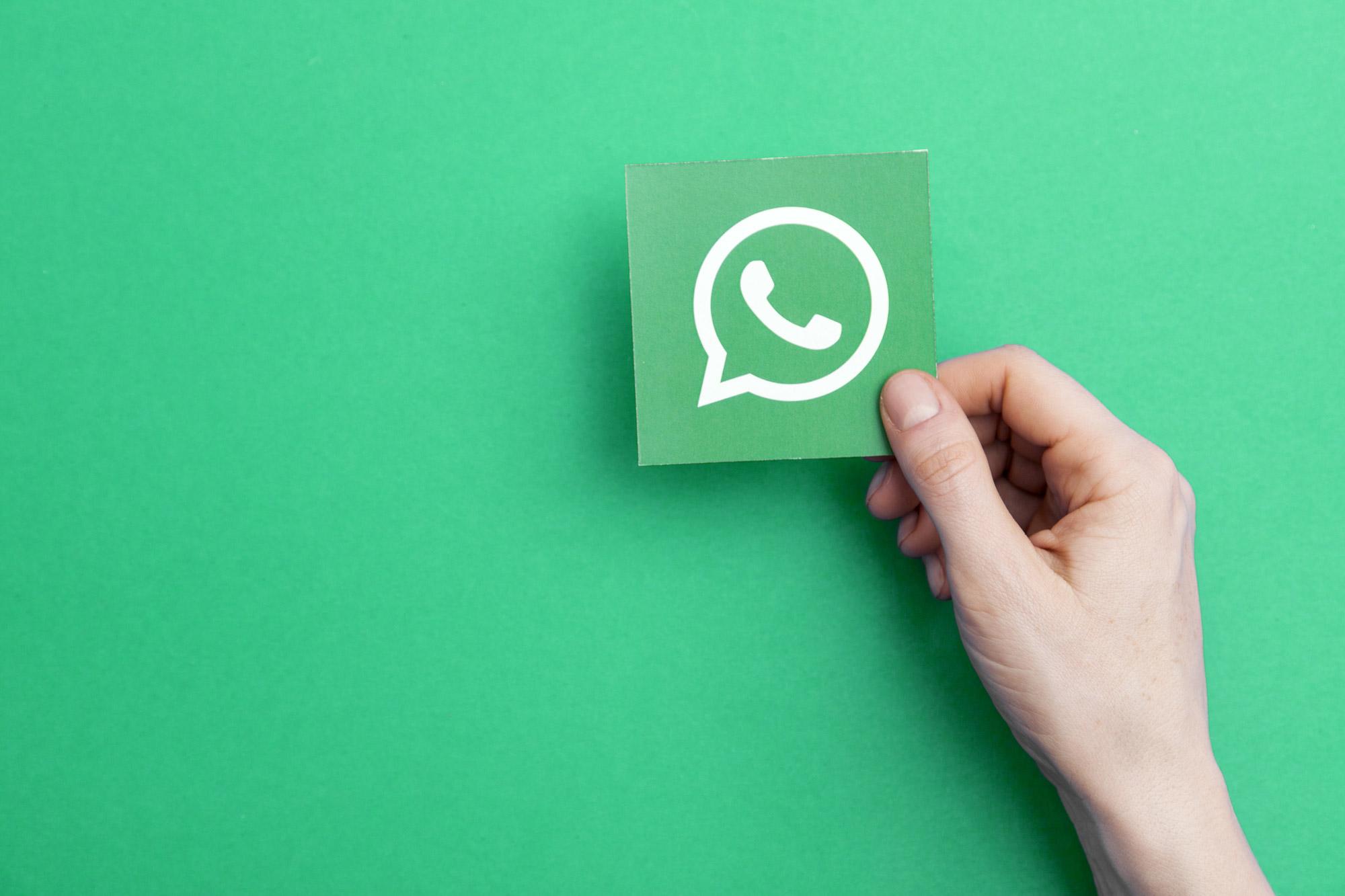 How To Write Bold And Italic In Whatsapp?(Strikethrough, Monospaced)
